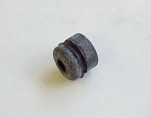 Citroen 2CV csomagtérajtó kitámasztóhoz gumigyűrű 28